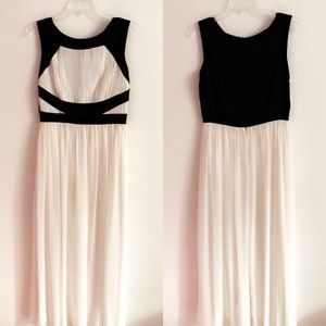 En Focus White & Black Sleeveless Maxi Dress Gown
